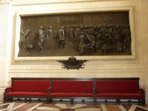 bas-relief-du-sculpteur-dalou-dans-la-salle-casimir-perier-300x225