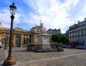 place-du-palais-bourbon-300x230