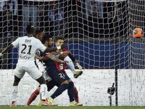 Rennes bat le PSG 2 à 1