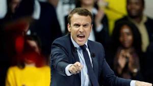 Macron 04